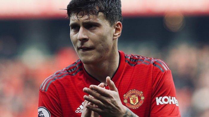 Victor Lindelof Cedera Punggung Manchester United Darurat Bek Tengah Bailly Auto Starter